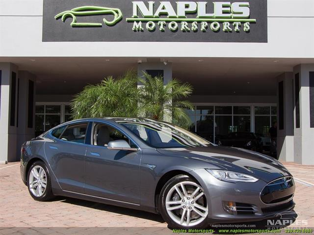 2013 Tesla Model S Performance - Photo 1 - Naples, FL 34104