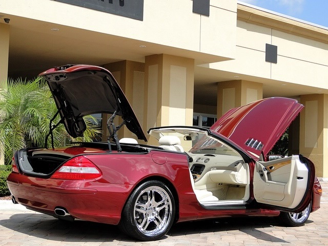 2007 Mercedes-Benz SL550 - Photo 30 - Naples, FL 34104