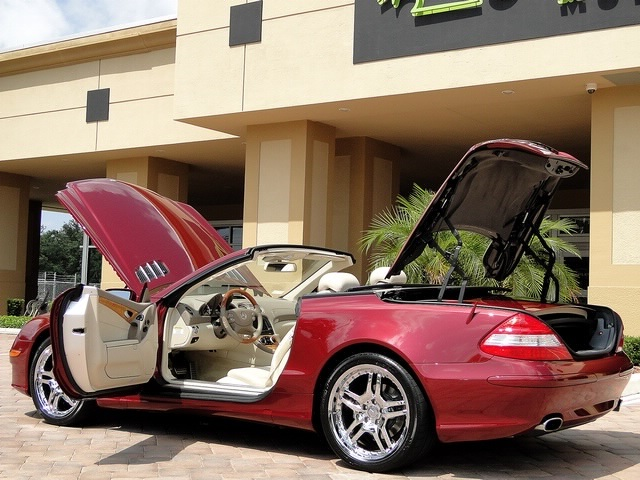 2007 Mercedes-Benz SL550 - Photo 53 - Naples, FL 34104