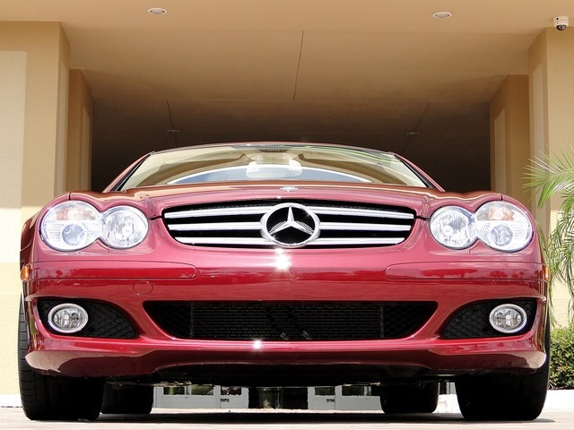 2007 Mercedes-Benz SL550 - Photo 11 - Naples, FL 34104