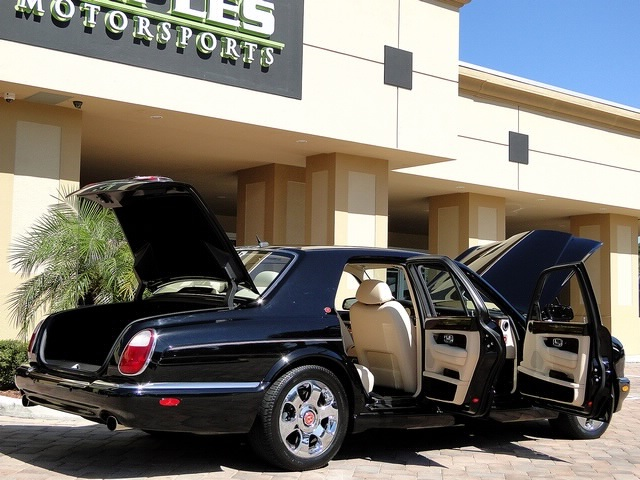 2002 Bentley Arnage Red Label - Photo 4 - Naples, FL 34104