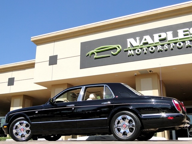2002 Bentley Arnage Red Label - Photo 25 - Naples, FL 34104