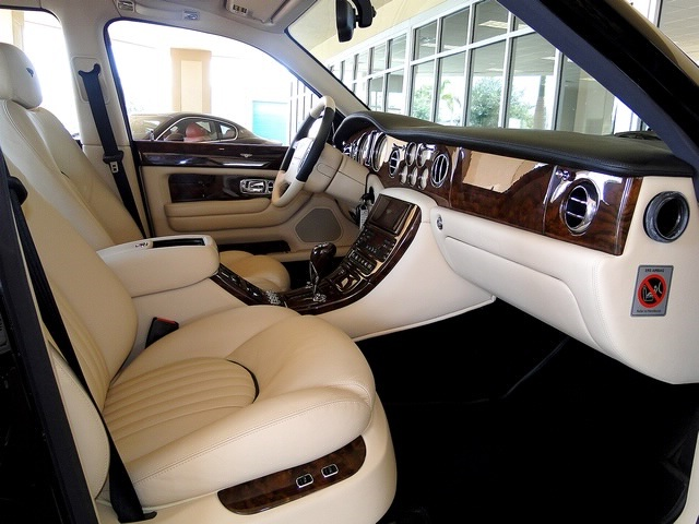 2002 Bentley Arnage Red Label - Photo 45 - Naples, FL 34104