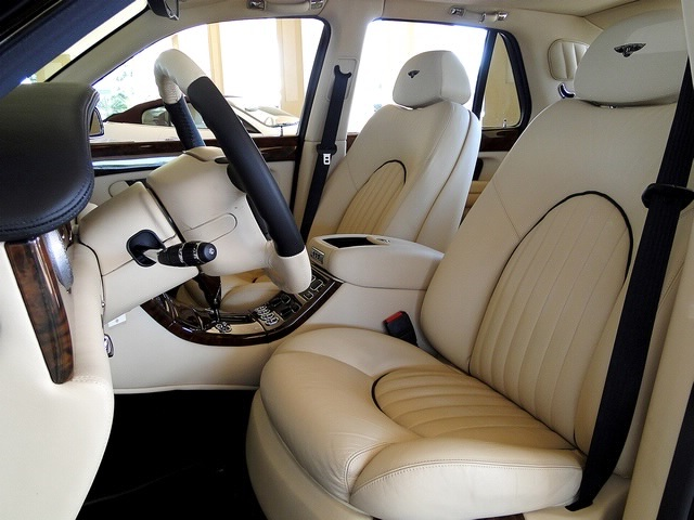 2002 Bentley Arnage Red Label - Photo 7 - Naples, FL 34104