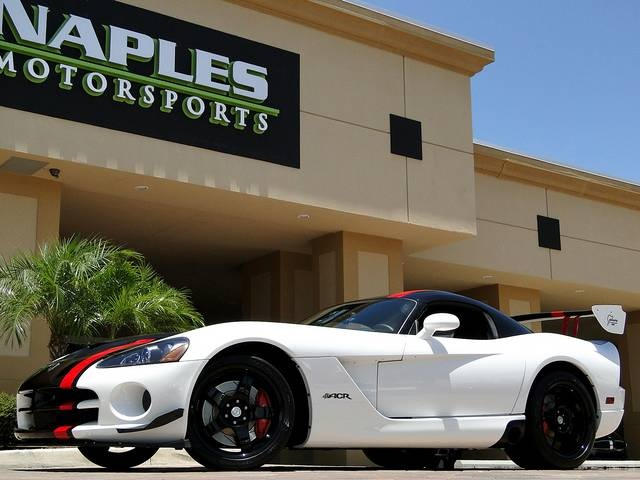 2009 Dodge Viper ACR - Photo 58 - Naples, FL 34104