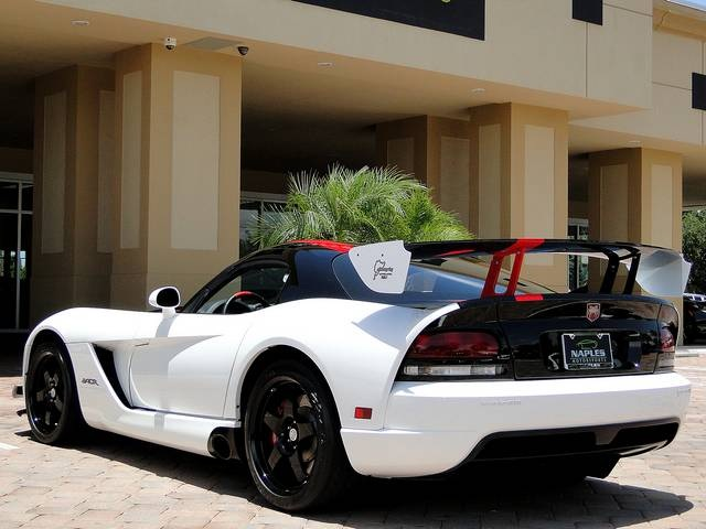 2009 Dodge Viper ACR - Photo 17 - Naples, FL 34104