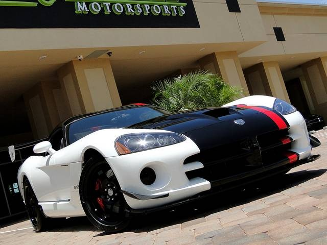 2009 Dodge Viper ACR - Photo 31 - Naples, FL 34104