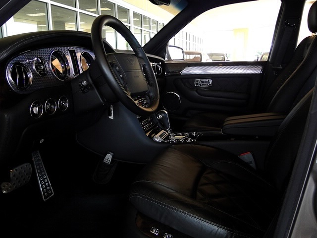 2005 Bentley Arnage T - Photo 39 - Naples, FL 34104