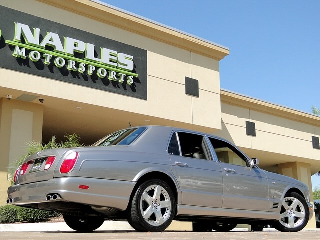 2005 Bentley Arnage T - Photo 18 - Naples, FL 34104
