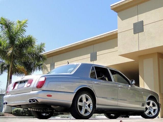 2005 Bentley Arnage T - Photo 30 - Naples, FL 34104