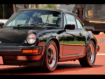 1986 Porsche 911 Carrera - Photo 11 - Miami, FL 33162