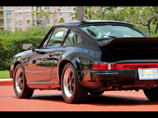 1986 Porsche 911 Carrera - Photo 12 - Miami, FL 33162