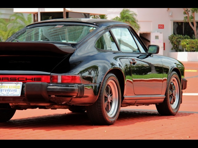 1986 Porsche 911 Carrera - Photo 13 - Miami, FL 33162