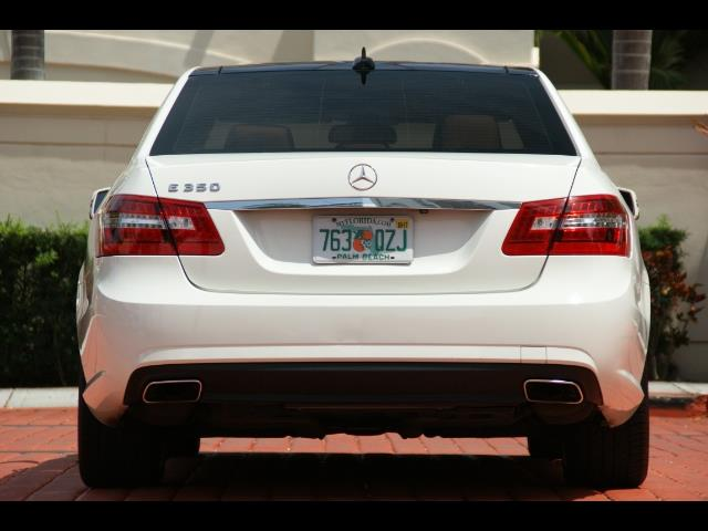 2011 Mercedes-Benz E 350 Sport - Photo 9 - Miami, FL 33162
