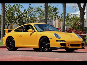 2006 Porsche 911 Carrera 6 Speed Coupe