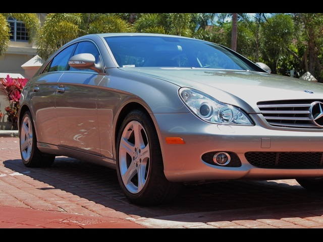 2006 Mercedes-Benz CLS500 - Photo 10 - Miami, FL 33162