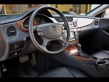 2006 Mercedes-Benz CLS500 - Photo 23 - Miami, FL 33162