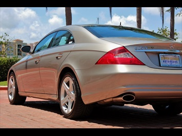 2006 Mercedes-Benz CLS500 - Photo 12 - Miami, FL 33162