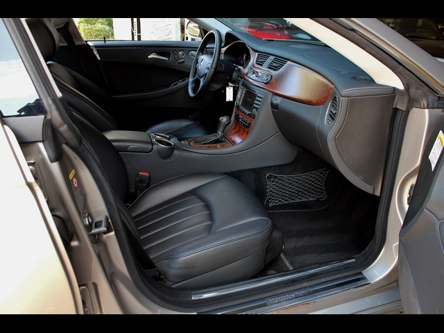 2006 Mercedes-Benz CLS500 - Photo 21 - Miami, FL 33162