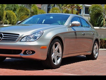 2006 Mercedes-Benz CLS500 - Photo 11 - Miami, FL 33162