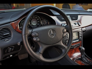2006 Mercedes-Benz CLS500 - Photo 25 - Miami, FL 33162