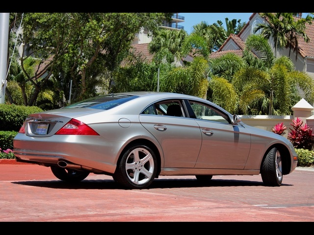 2006 Mercedes-Benz CLS500 - Photo 5 - Miami, FL 33162