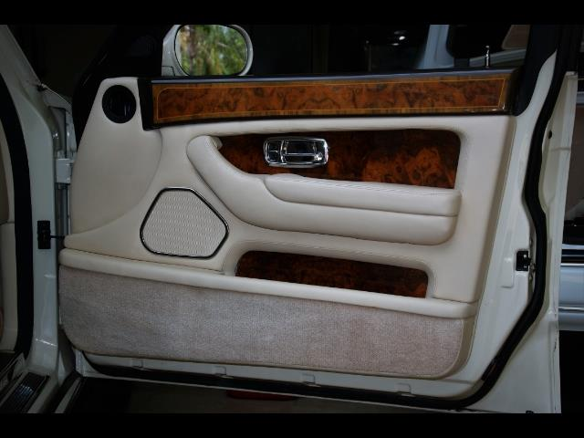 1999 Rolls-Royce Silver Seraph - Photo 32 - Miami, FL 33162