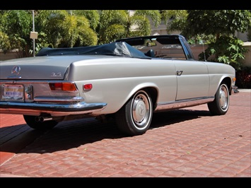 1971 Mercedes-Benz 280 SE 3.5 - Photo 13 - Miami, FL 33162