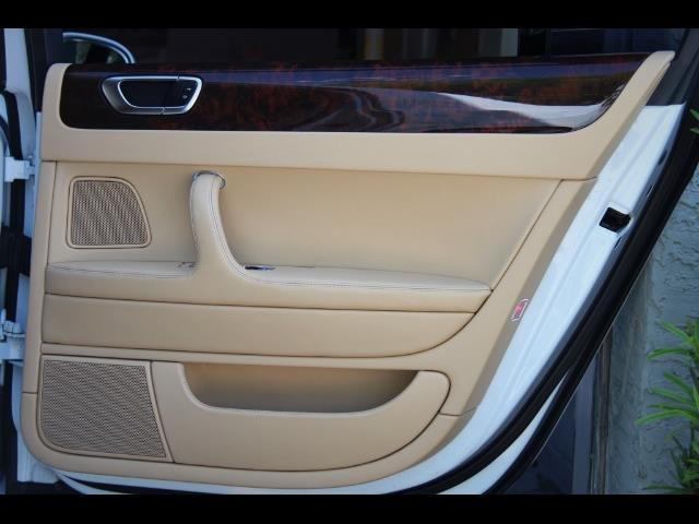 2006 Bentley Continental Flying Spur - Photo 34 - Miami, FL 33162