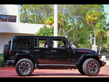 2015 Jeep Wrangler Unlimited Rubicon Hard Rock 24J Package - Photo 5 - Miami, FL 33162
