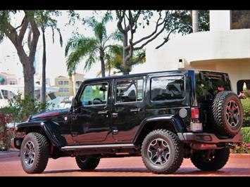 2015 Jeep Wrangler Unlimited Rubicon Hard Rock 24J Package - Photo 2 - Miami, FL 33162