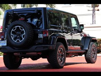 2015 Jeep Wrangler Unlimited Rubicon Hard Rock 24J Package - Photo 12 - Miami, FL 33162