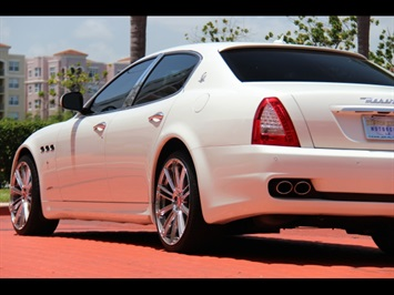2009 Maserati Quattroporte - Photo 12 - Miami, FL 33162