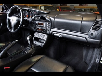 2002 Porsche 911 Carrera Cabriolet - Photo 25 - Miami, FL 33162