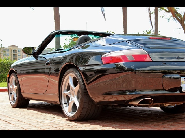 2002 Porsche 911 Carrera Cabriolet - Photo 15 - Miami, FL 33162
