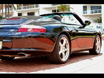 2002 Porsche 911 Carrera Cabriolet - Photo 16 - Miami, FL 33162