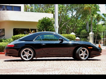 2002 Porsche 911 Carrera Cabriolet - Photo 10 - Miami, FL 33162