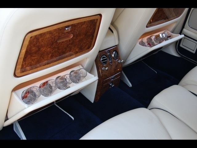 2002 Rolls-Royce Silver Seraph LOL Last of the Line - Photo 17 - Miami, FL 33162