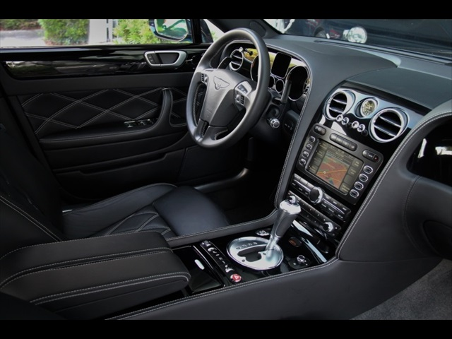 2011 Bentley Continental Flying Spur Speed - Photo 2 - Miami, FL 33162