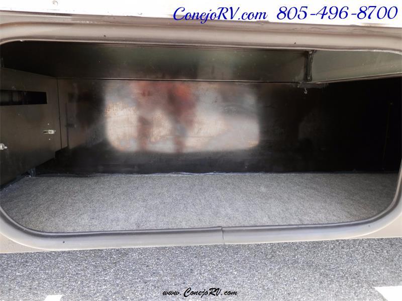 2010 Itasca Reyo 25R Full Wall Slide Full Body Paint Diesel - Photo 31 - Thousand Oaks, CA 91360