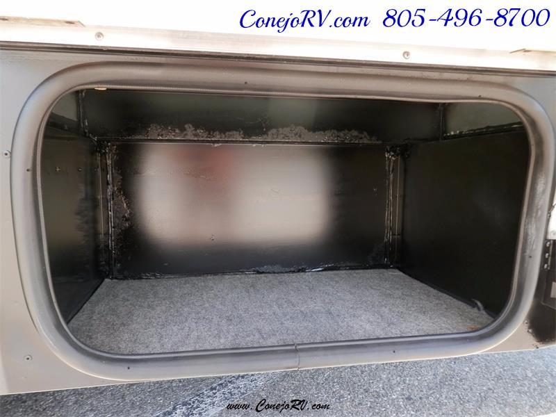2010 Itasca Reyo 25R Full Wall Slide Full Body Paint Diesel - Photo 33 - Thousand Oaks, CA 91360