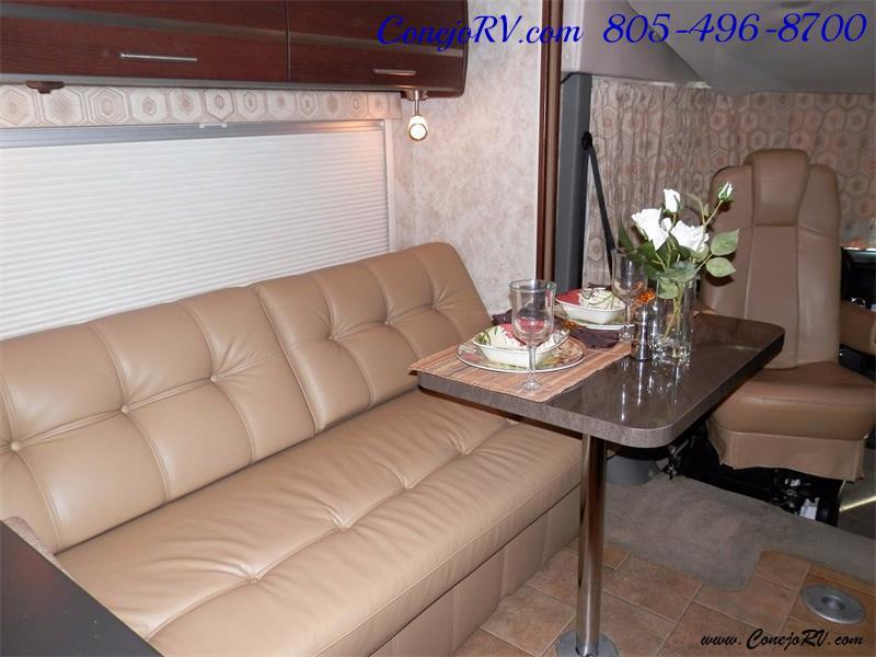2010 Itasca Reyo 25R Full Wall Slide Full Body Paint Diesel - Photo 9 - Thousand Oaks, CA 91360