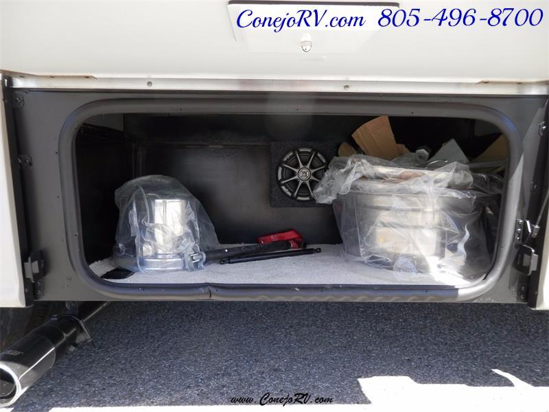 2010 Itasca Reyo 25R Full Wall Slide Full Body Paint Diesel - Photo 28 - Thousand Oaks, CA 91360
