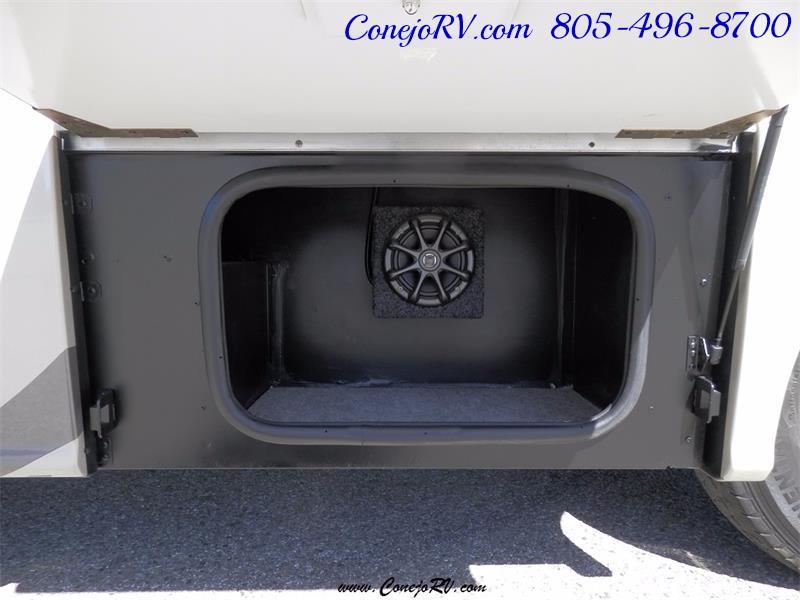 2010 Itasca Reyo 25R Full Wall Slide Full Body Paint Diesel - Photo 27 - Thousand Oaks, CA 91360