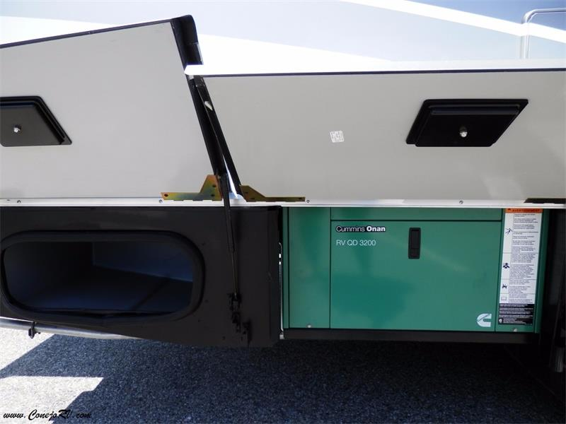2017 Winnebago Itasca Navion 24G 2-Slides Full Body Paint Diesel - Photo 32 - Thousand Oaks, CA 91360