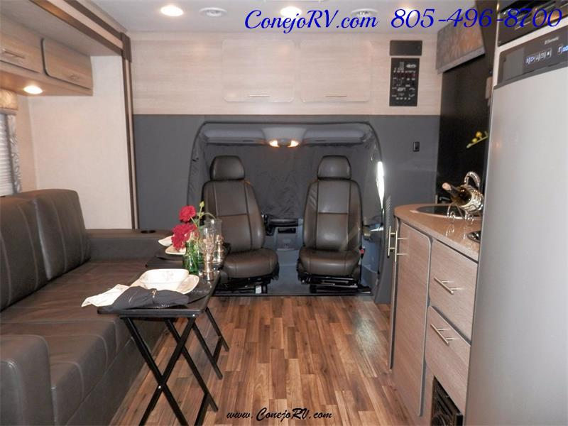 2016 Renegade RV Villagio LE 25RBS Slide-Out Full Body Paint Diesel - Photo 16 - Thousand Oaks, CA 91360