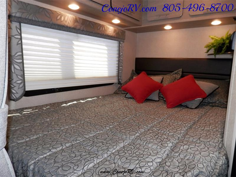 2016 Renegade RV Villagio LE 25RBS Slide-Out Full Body Paint Diesel - Photo 14 - Thousand Oaks, CA 91360