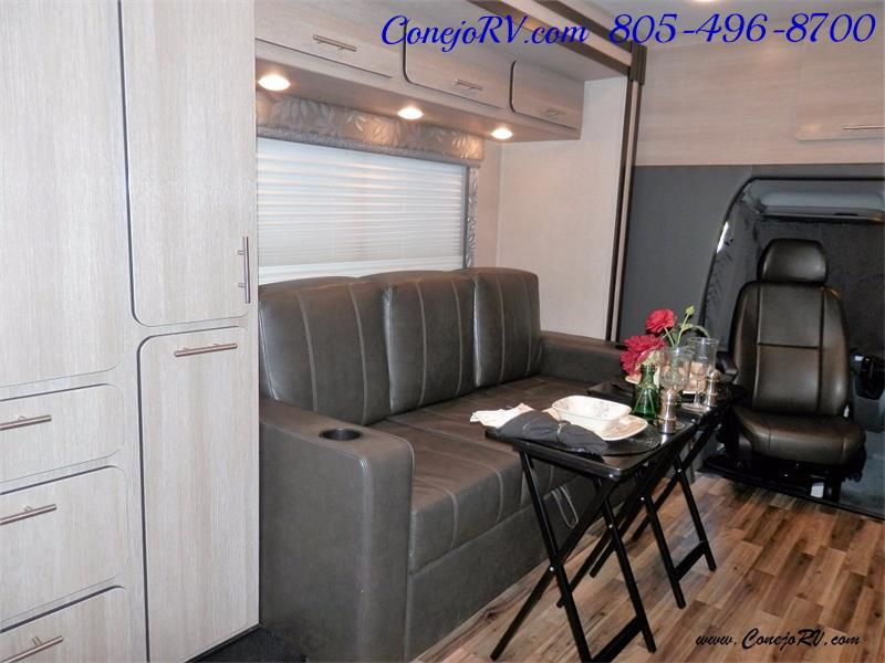 2016 Renegade RV Villagio LE 25RBS Slide-Out Full Body Paint Diesel - Photo 17 - Thousand Oaks, CA 91360