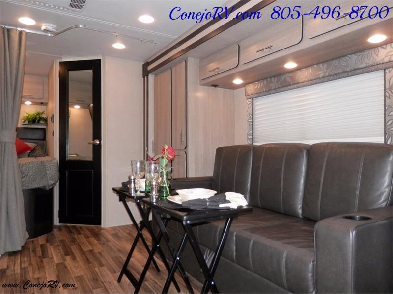 2016 Renegade RV Villagio LE 25RBS Slide-Out Full Body Paint Diesel - Photo 6 - Thousand Oaks, CA 91360