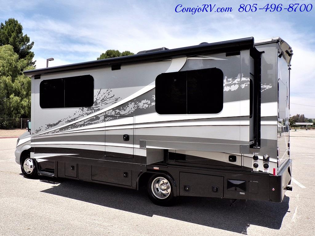2018 Dynamax Isata 3Series 24FW Full-Wall Slide Full Body Paint - Photo 4 - Thousand Oaks, CA 91360